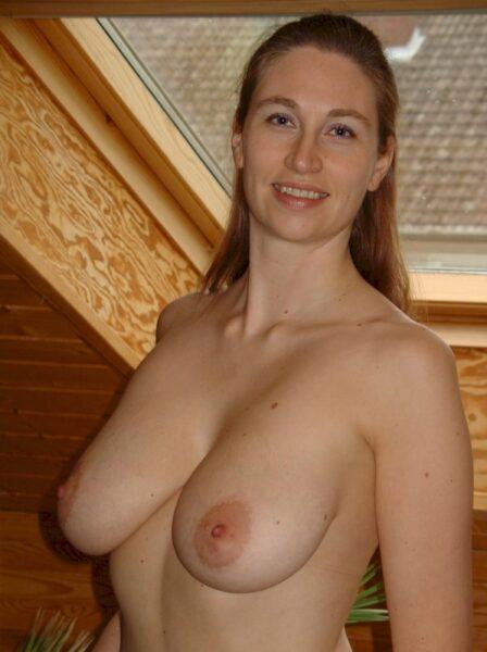 Femme infidèle sexy cherche un libertin sur l'Essonne