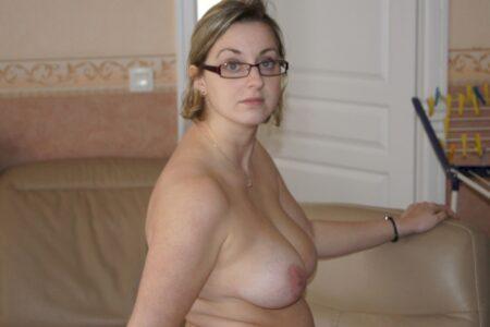 Femme infidèle sexy que pour des gars sur Auch