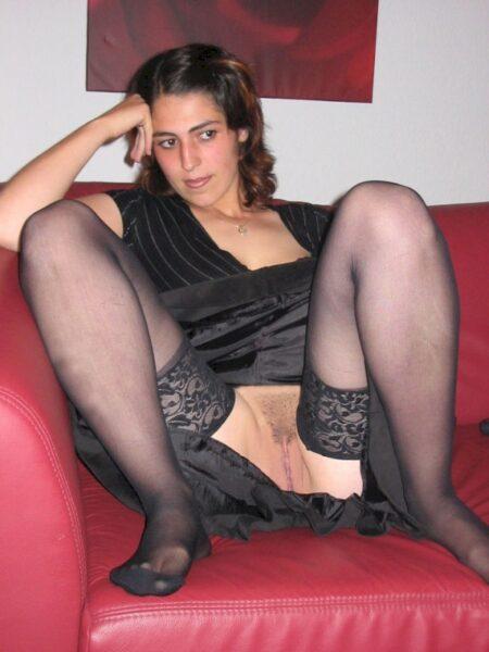 Femme sexy qui désire du réel